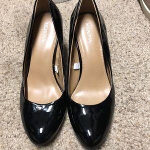 Black patent leather Pumps/heels